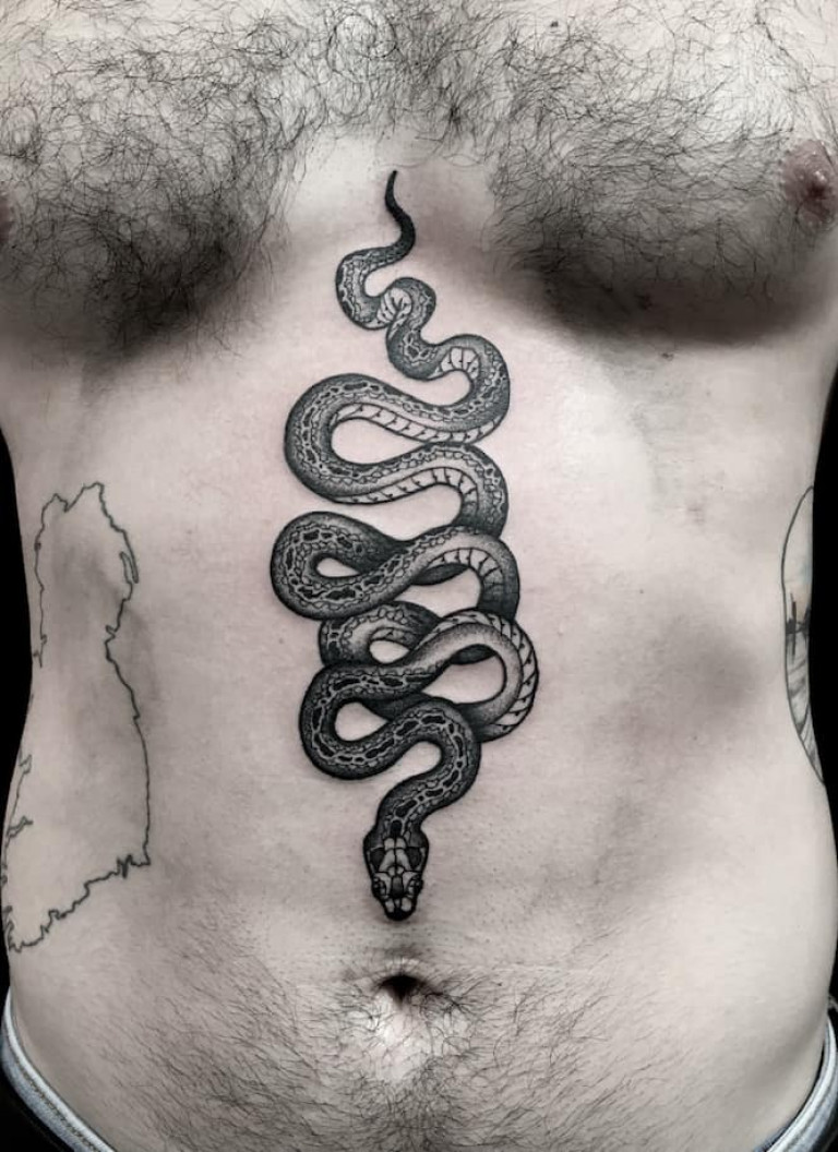 a-snake-blackwork-tattoo