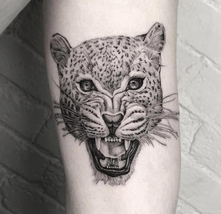 wild-cat-single-needle-tattoo